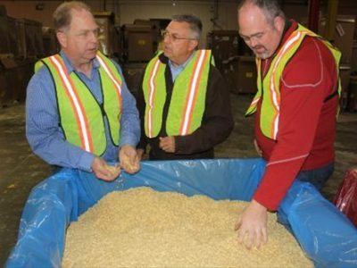 quincy_company_turns_bakery_products_livestock-feed